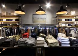 rôle de vos vendeurs retail passez au phygital
